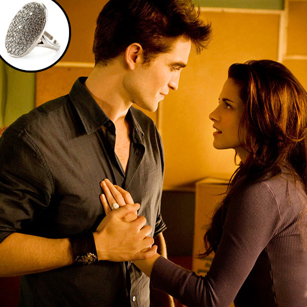 Robert Pattinson, Kristen Stewart, Twilight Saga, Breaking Dawn Part 1, Ring