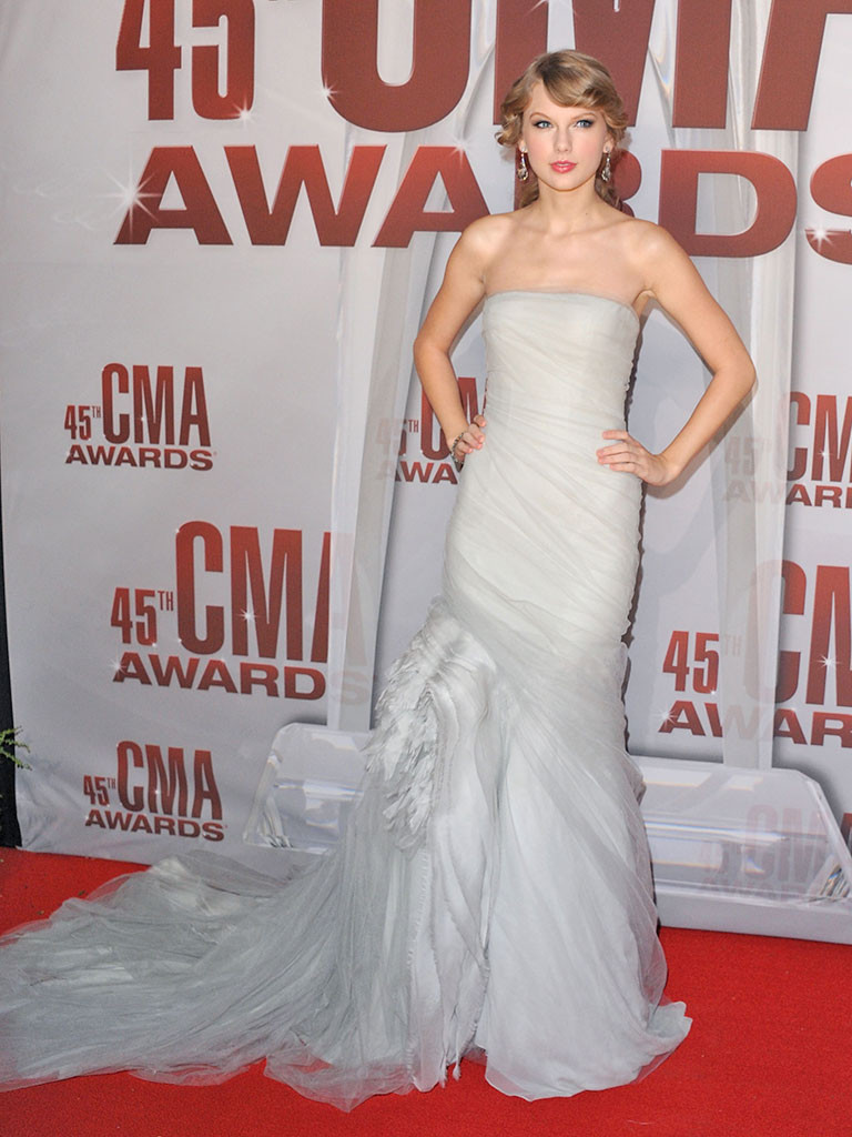 Taylor Swift, CMA Style, 2011
