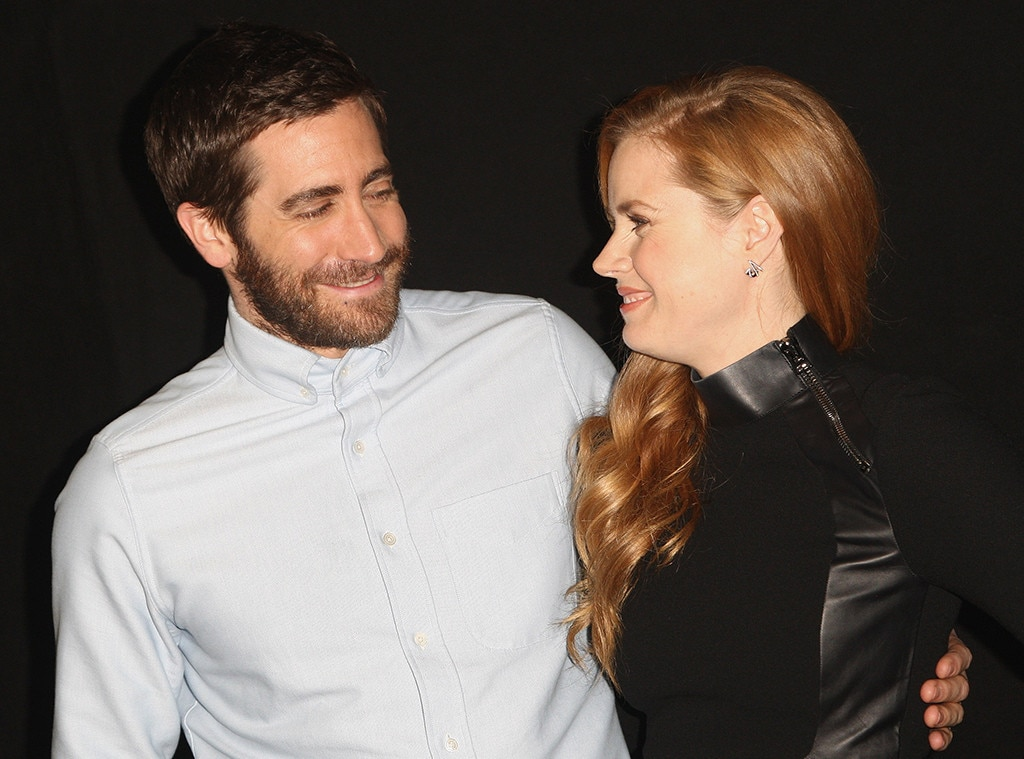 http://akns-images.eonline.com/eol_images/Entire_Site/2016928/rs_1024x759-161028193557-1024.Amy-Adams-Jake-Gyllenhaal-Nocturnal-Animals.kg.102816.jpg