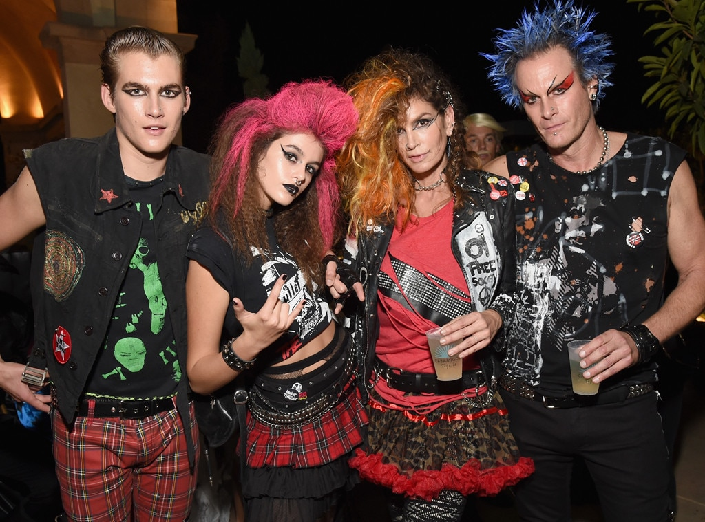 Check Out Cindy Crawford & Family Halloween Costume