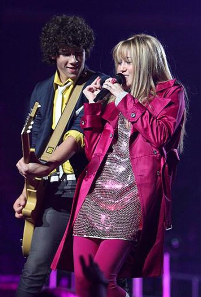 Miley Cyrus, Nick Jonas, Disney Couples