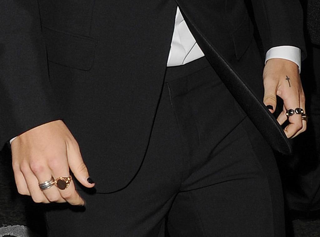 Harry Styles, Nail Polish