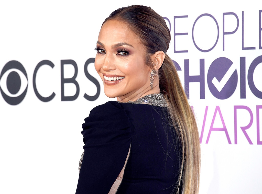 Jennifer Lopez, 2017 People's Choice Awards
