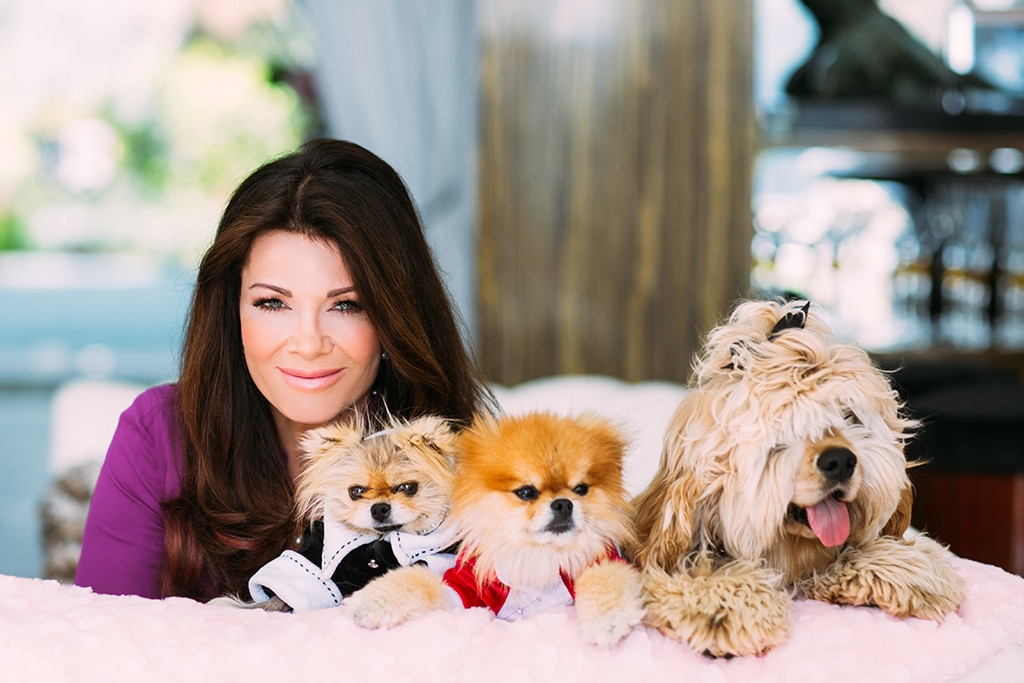 Lisa Vanderpump, Dogs