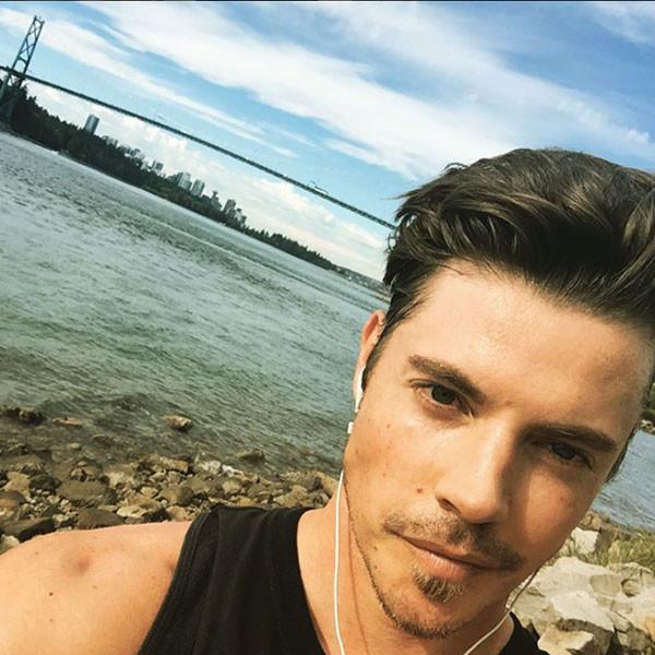 Josh Henderson, Instagram