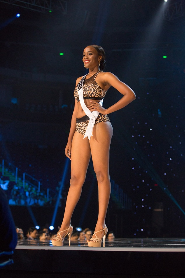 2017 2018 Bowl Schedule >> Miss Nigeria from Miss Universe 2017 Preliminary Swimsuit Competitions | E! News
