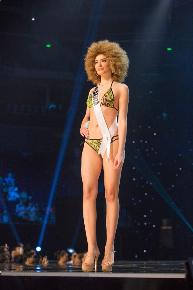 Miss Albania, Miss Universe 2017, Preliminary Swimsuit Competition