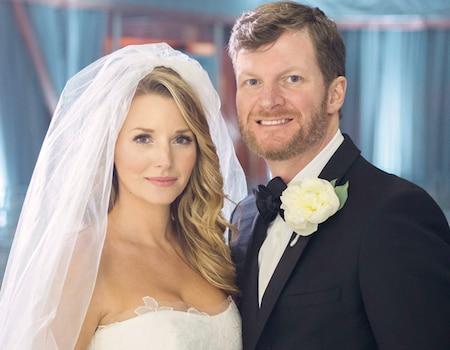 Nascar Driver Dale Earnhardt Jr Marries Amy Reimann On
