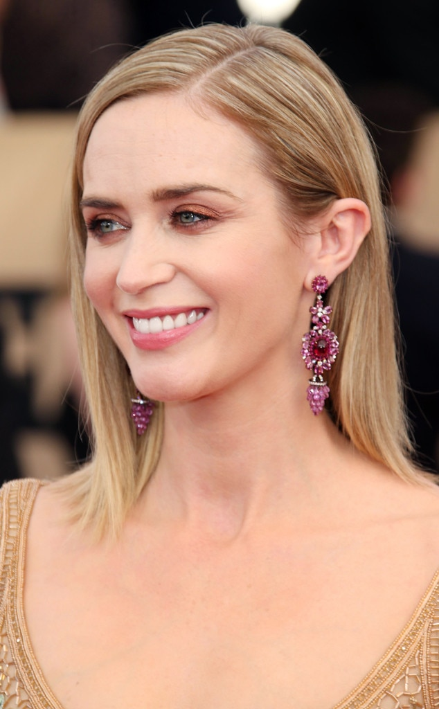ESC: SAG Awards, Beauty, Emily Blunt, Blowouts