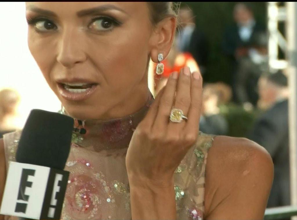Giuliana Rancic Golden Globes 2017 Jewelry, Screengrab