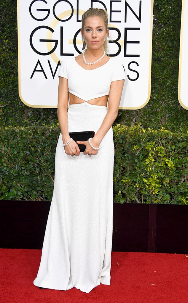 2017 Golden Globes Red Carpet Arrivals Sienna Miller, 2017 Golden Globes, Arrivals