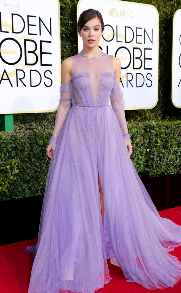 Hailee Steinfeld from 2017 Golden Globes Red Carpet E! News Canada