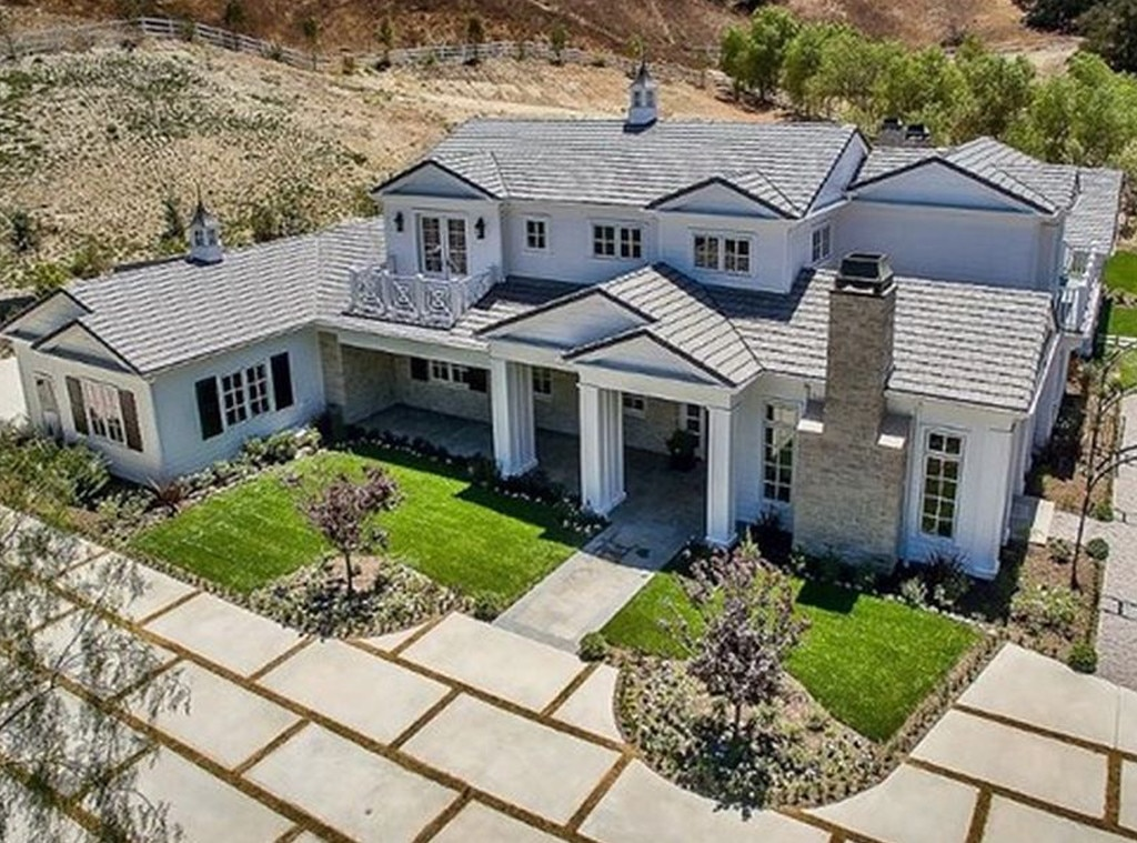 Kylie Jenner, Hidden Hills, Kardashian Real Estate, 6 Million