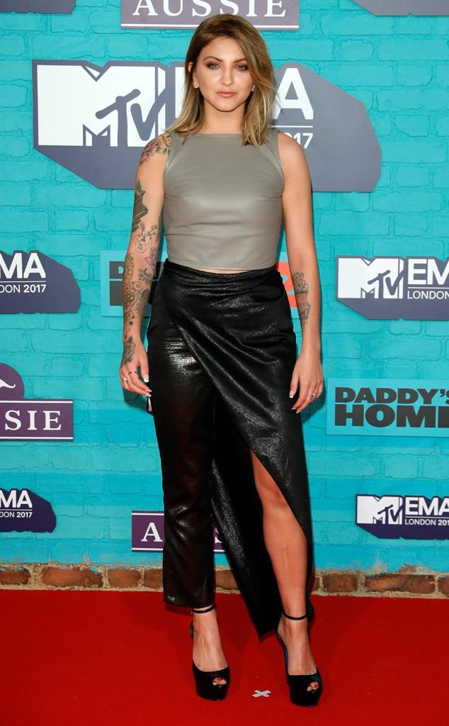 Julia Michaels, MTV EMAs 2017