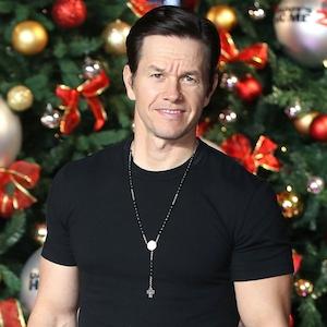 Mark Wahlberg, 2017 Stars Celebrate the Holidays