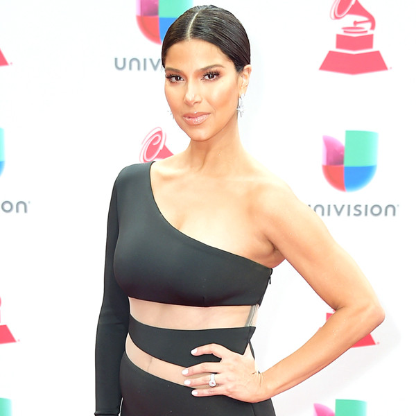 2017 Latin Grammys: Red Carpet Fashion