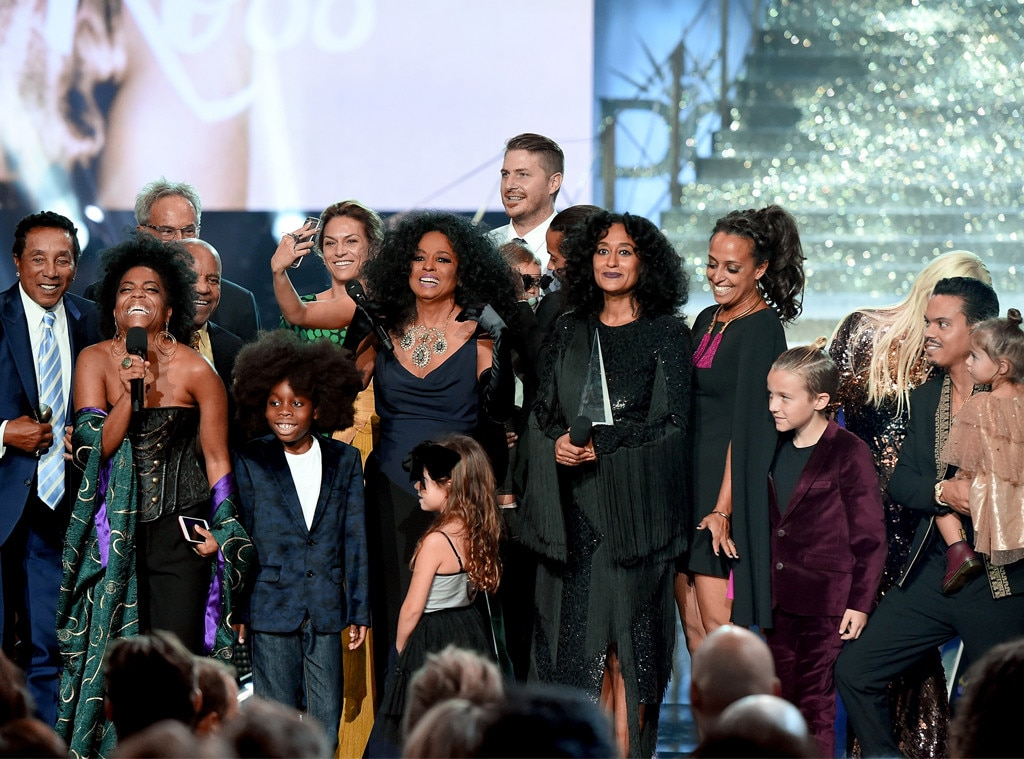 Diana Ross's Grandkids Adorably Crash the Stage During Her AMAs Performance