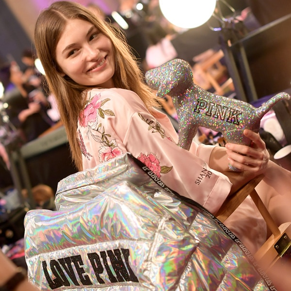 Victoria Lee, 2017 Victoria's Secret Fashion Show, Backstage
