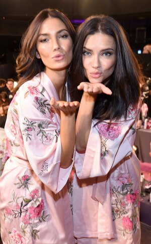 Lily Aldridge, Adriana Lima, 2017 Victoria's Secret Fashion Show, Backstage