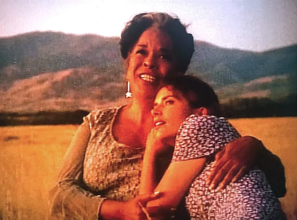 Della Reese Bio >> Della Reese and Roma Downey's Friendship: From Touched By an Angel Co-Stars to Real-Life ...