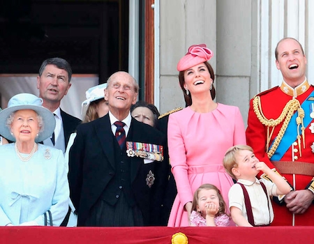 British Monarchy Valued at Over $88 Billion as Queen ...