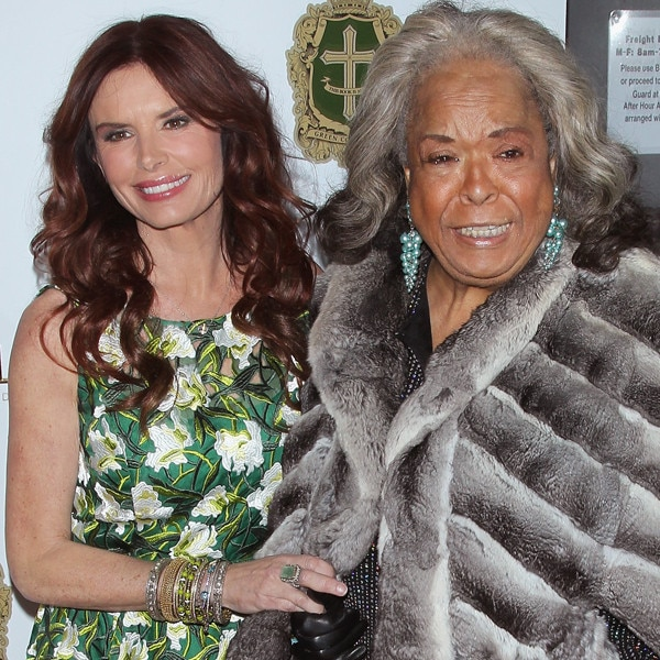 Della Reese and Roma Downey's Friendship in Photos