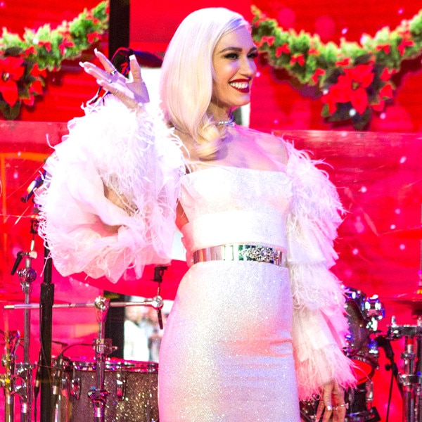 Gwen Stefani, 2017 Stars Celebrate the Holidays