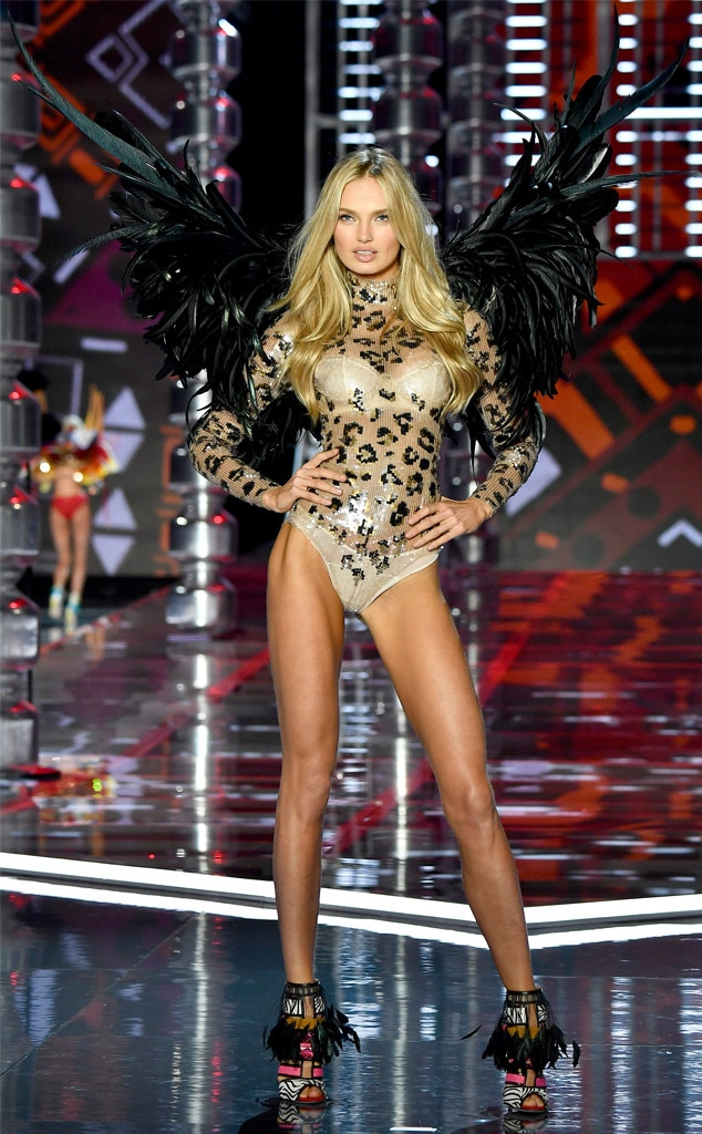 Romee Strijd From 2017 Victoria 39 S Secret Fashion Show E
