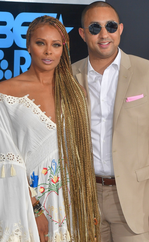 http://akns-images.eonline.com/eol_images/Entire_Site/20171021/rs_634x1024-171121103011-634-Eva-Marcille-Michael-Sterling-pregnant.jpg