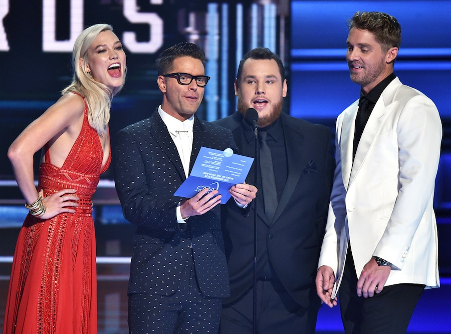 Karlie Kloss, Bobby Bones, Luke Combs, Brett Young, 2017 CMA Awards, Show