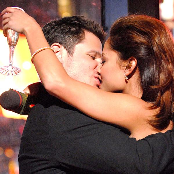 Nick and Vanessa Lachey Romance Rewind