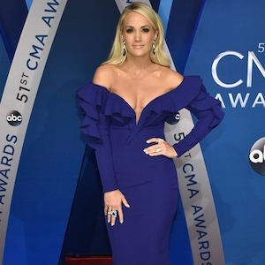 Carrie Underwood, 2017 CMA Awards
