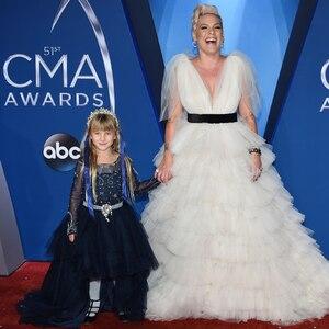 Pink, Willow, 2017 CMA Awards