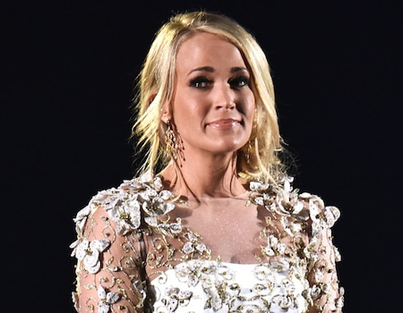 Who Designed Carrie Underwood S Clothes For The Cma