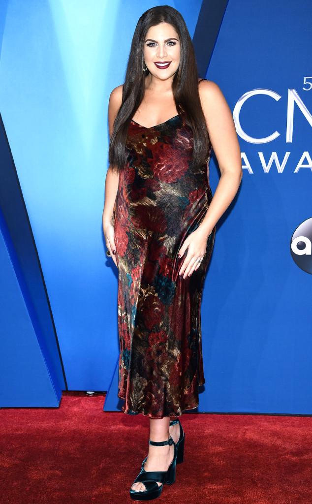 Hillary Scott, 2017 CMA Awards
