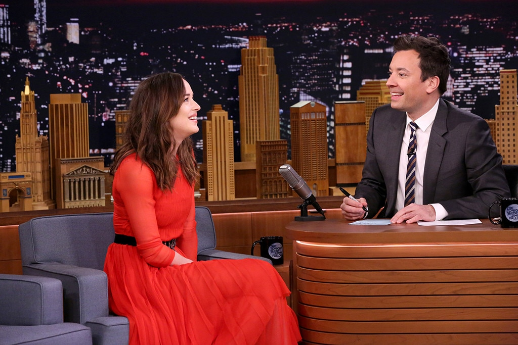 Dakota Johnson, Jimmy Fallon, The Tonight Show