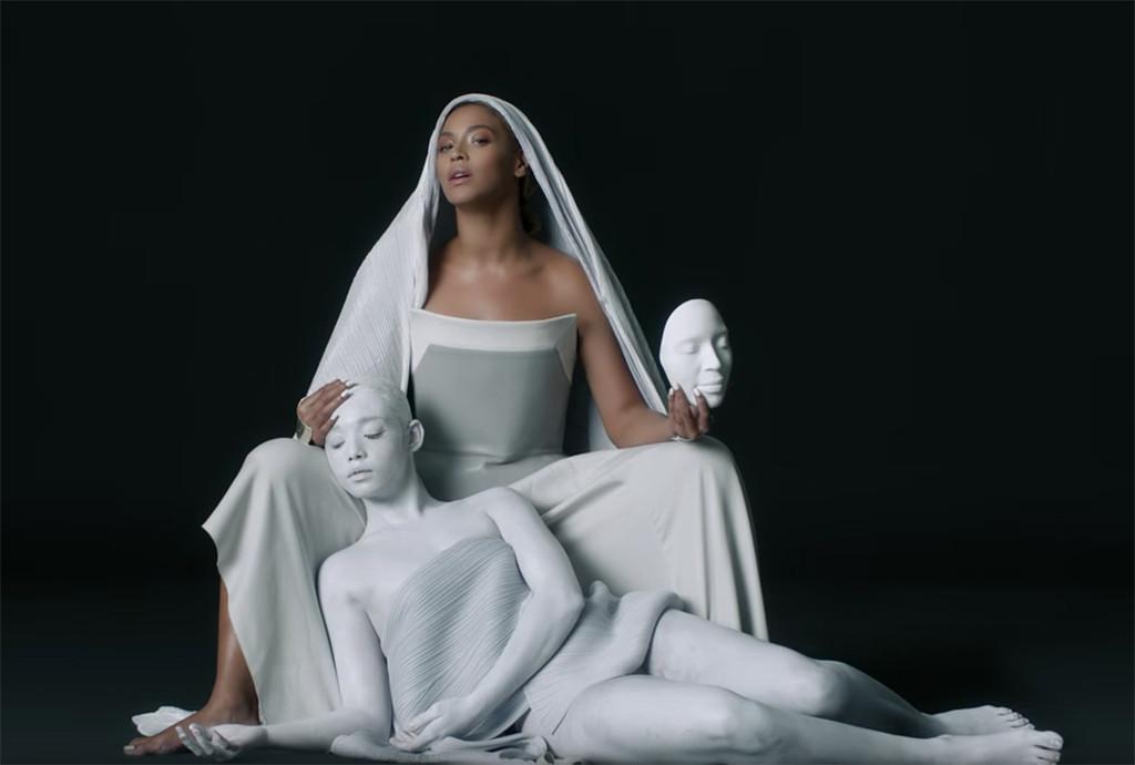 Beyonce, Mine Music Video