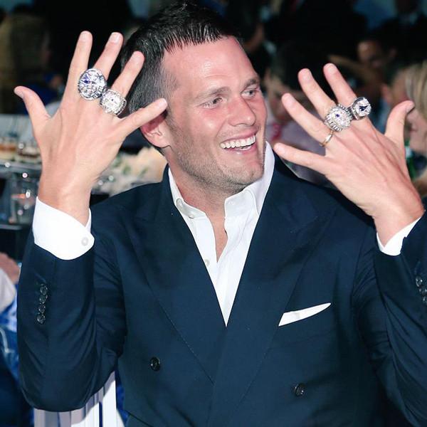 Tom Brady Rings, Twitter