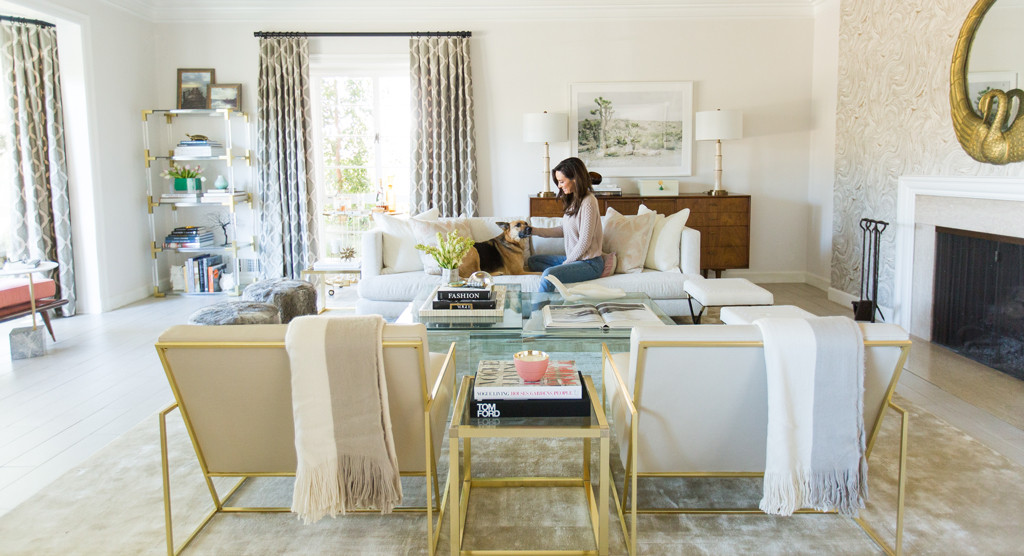 Perfectly chic from catt sadler 39 s living room tour e news for S carey living room tour