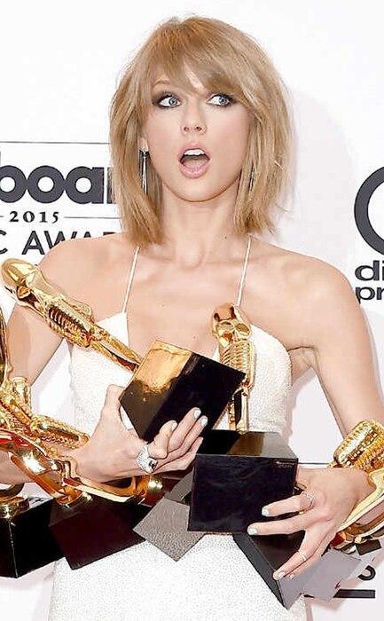 Taylor Swift, 2015 Billboard Music Awards