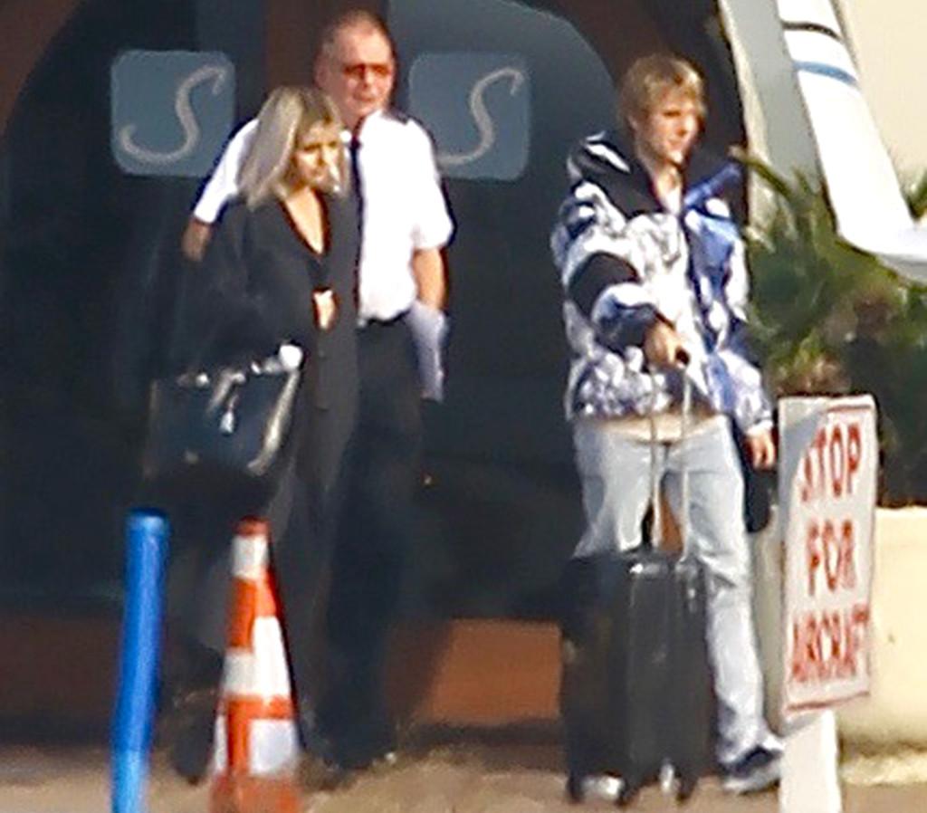 Justin Bieber, Selena Gomez, Van Nuys