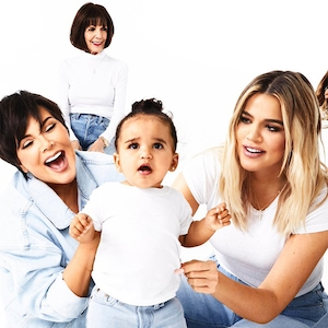 2017 Kardashian Christmas Card, Dream Kardashian, Kris Jenner, Khloe Kardashian, M.J., Day 17