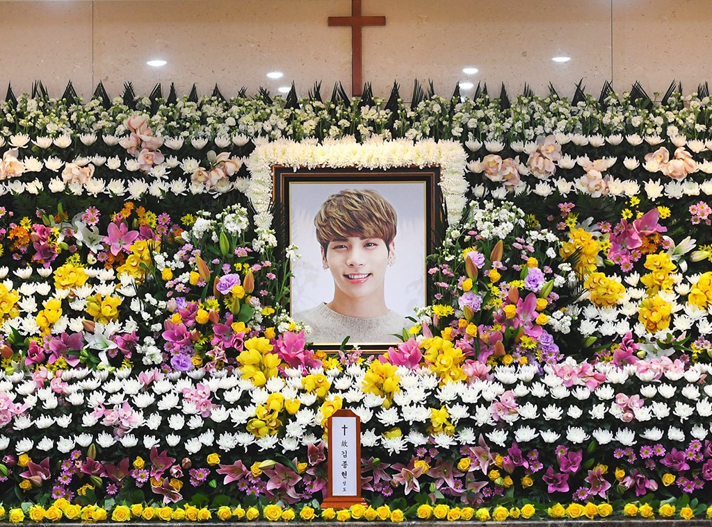 Pop Star Jonghyun's SHINee Bandmates And Fans Pay Final Respects At Funeral