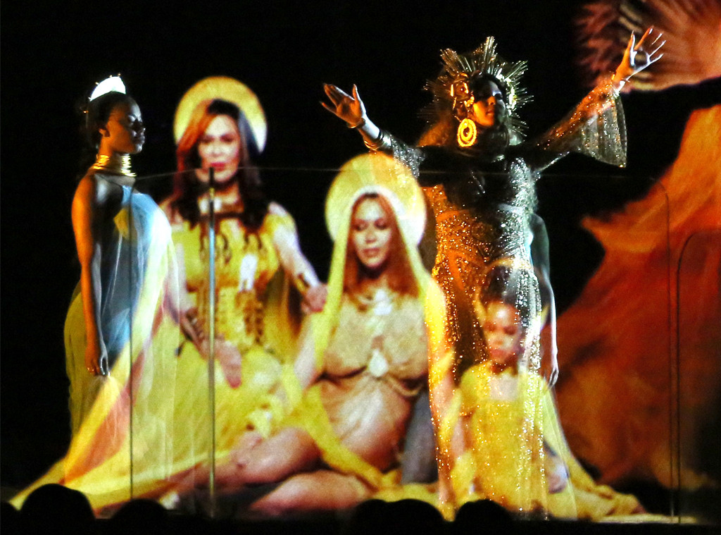 Beyoncé's 2017 Grammys Performance Is All About Her Twins