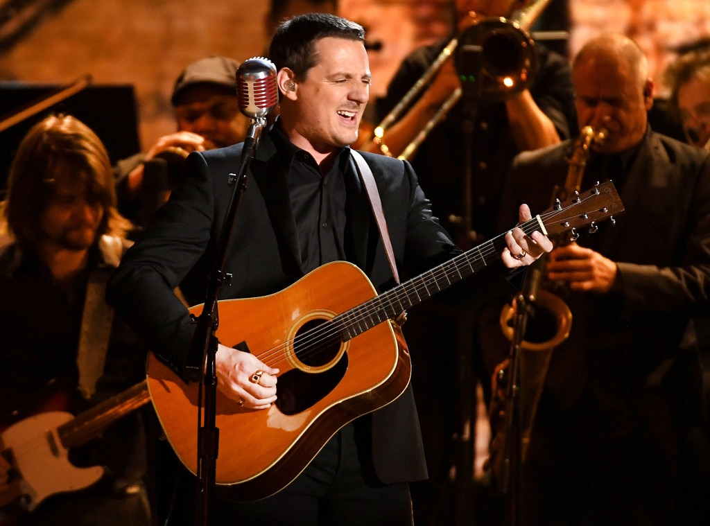 sturgill simpson from 2017 grammy performances e news