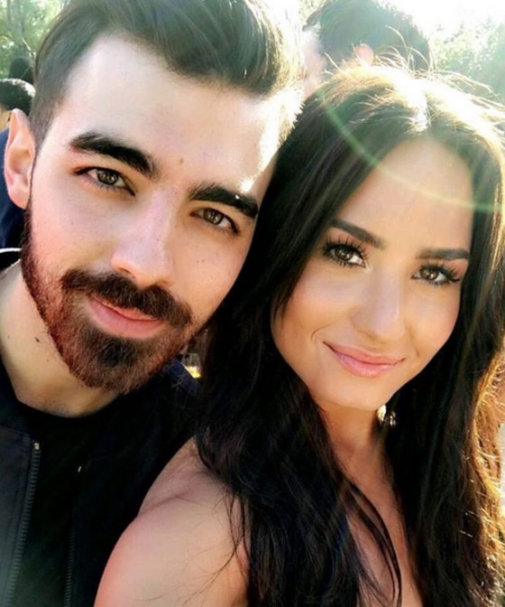 Joe Jonas, Demi Lovato, Instagram