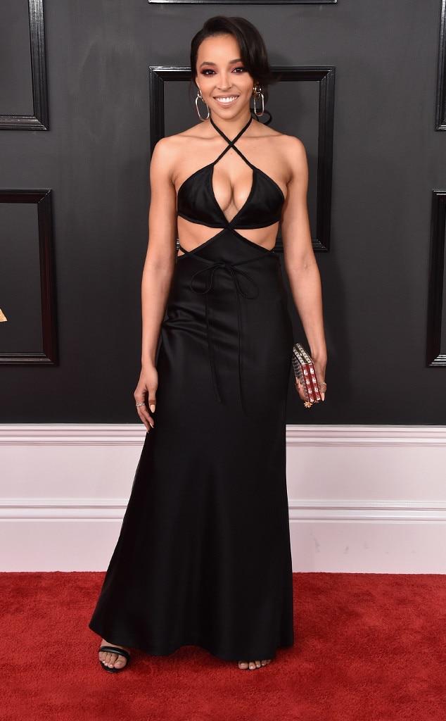 Tinashe, 2017 Grammys, Arrivals