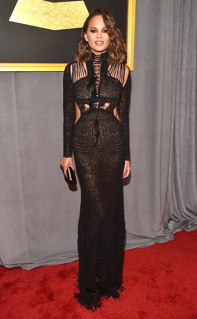 Chrissy Teigen, 2017 Grammys, Arrivals