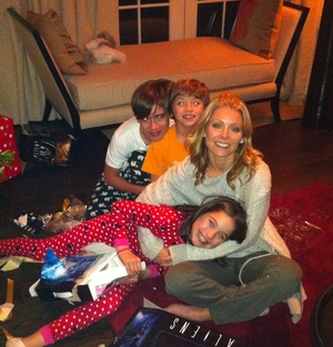 Kelly Ripa, Mark Consuelos, Family Christmas Gallery