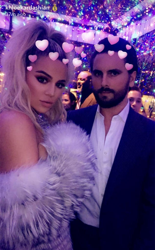 Khloe Kardashian, Scott Disick, Christmas, Party, 2017